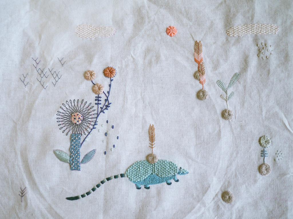 Y seguían los retos, este es el bordado-patrón que teníamos que bordar. Y yo sin haber bordado en mi vida!